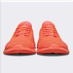 APL phantom techloom lace up running shoe neon 11